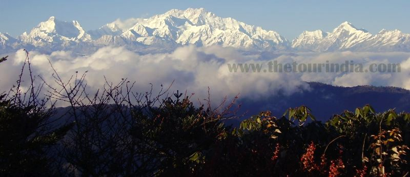 sandakphu trek packages